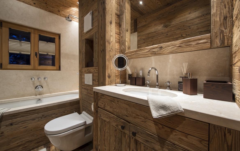heinz-immobilier Luxueux appartement Verbier salle de bains spa